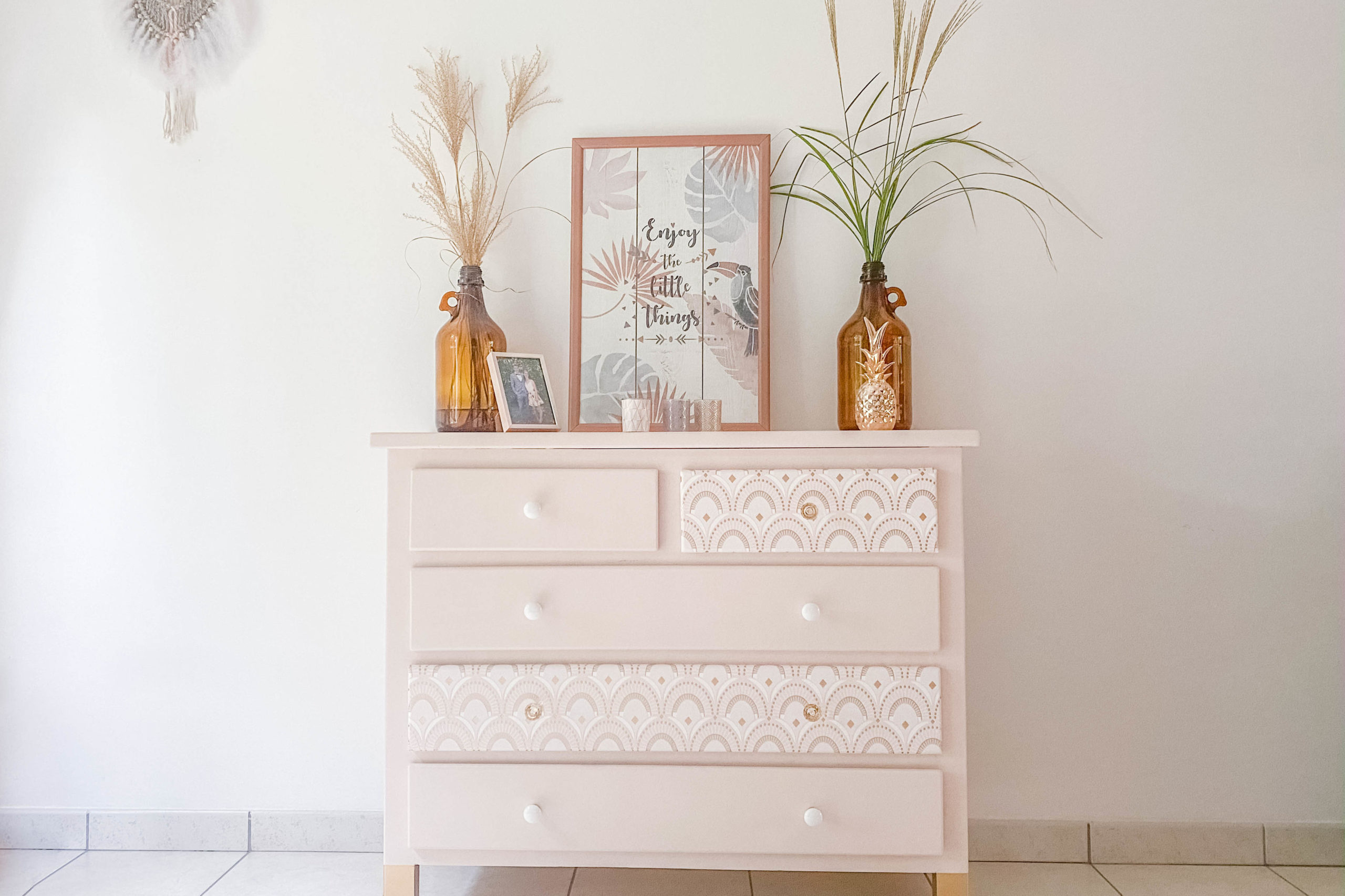 Commode relookée, style boudoir